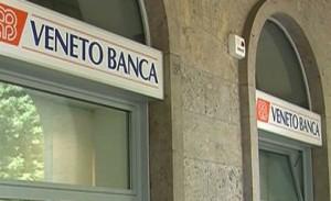 """Veneto Banca, risparmiatore in filiale con taglierino: """"Rivoglio i miei soldi"""""""