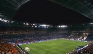 """VIDEO YOUTUBE Belgio-Italia, Zenga canta """"Ma il cielo è sempre più blu"""""""