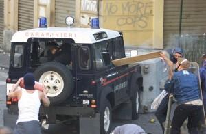 Polizia, pronte 13mila firme per cancellare targa a Carlo Giuliani a Genova