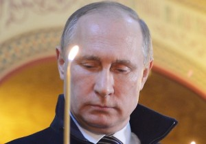 Vladimir Putin cancella visite. Paura per condizioni di salute