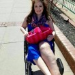 Arianna e la malattia rara: la gamba è tre volte più grande del normale 07