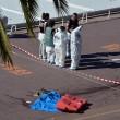 Nizza, il giorno dopo attentato: sul lungomare ancora i cadaveri 01