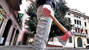 Vicenza, con accetta a caccia di immigrati: fermato 23enne