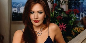 Hunter Tylo, Taylor di Beautiful, vende villa: non sa come pagare debiti