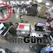 Attentato Istanbul, turisti fuggono da uomo armato3