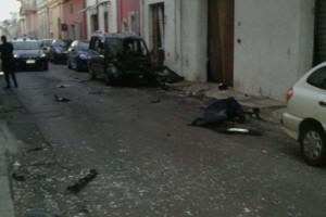 Carmiano, esplode bomba: giovane colloca ordigno e scappa