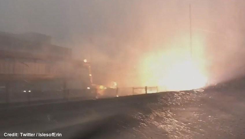 Fulmine fa esplodere parte della stazione di Chicago2