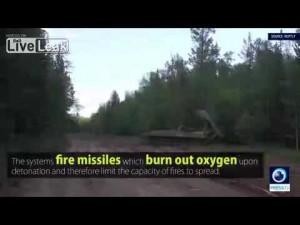 Guarda la versione ingrandita di YOUTUBE Incendio nel bosco, l'esercito russo lo spegne così
