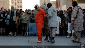 Guarda la versione ingrandita di Isis, decapitato con scimitarra per aver criticato islam FOTO