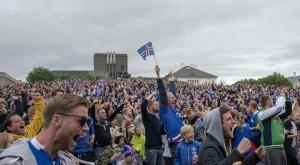 Islanda torna a casa: migliaia di tifosi in festa 5