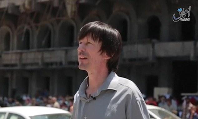 John Cantlie, il giornalista prigioniero Isis contro la coalizione