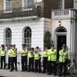 Londra, anarchici protestano davanti casa di Boris Johnson6