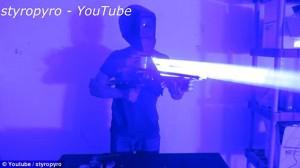 Mega laser da 200 watt realizzato con materiale elettronico di scarto3
