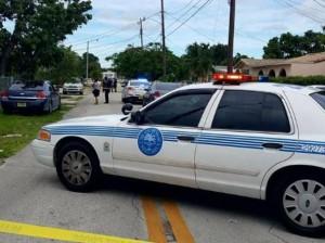 Guarda la versione ingrandita di Miami, sparatoria: due morti, tra i feriti bambino di sette anni