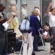 Musicista di strada fermato da donna6