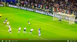 Leonardo Bonucci VIDEO gol Germania-Italia 1-1 (rigore)