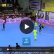 Carles Puyol VIDEO gol di tacco a Futsal in Kuwait