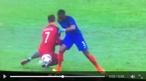 VIDEO - Cristiano Ronaldo: Payet e il fallo che ha messo ko Cr7