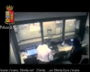 """Se reagisce prendi fucile a pompa e..."""": tre arresti a Milano per rapina 5"""