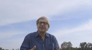 Guarda la versione ingrandita di VIDEO Sgarbi in viaggio per #missionemonnalisa bloccato dalle capre