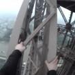 calano Torre Eiffel: a 300 metri da terra senza protezioni