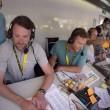 Tour de France, ai telecronisti della Bbc crolla la scrivania3