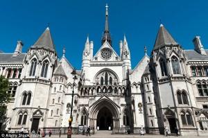 GB: abortisce per un incidente, risarcita con 500mila euro