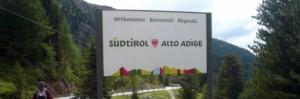 """Bolzano, """"altoatesino è fascista"""": via dalla legge"""