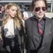 """Johnny Depp cambia tatuaggio per Amber Heard: """"Feccia"""""""