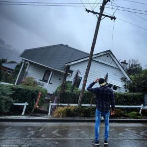 "Nuova Zelanda, Baldwin Street: la strada dove le case ""affondano"" FOTO"