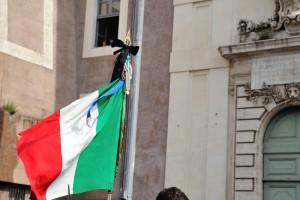 Guarda la versione ingrandita di Corleone, bandiere a lutto. Per Provenzano?