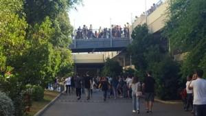 Bari, allarme bomba in centro commerciale: clienti sgomberati