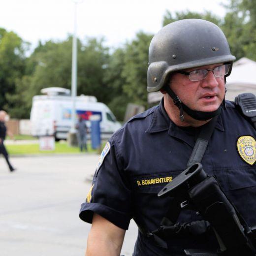 Baton Rouge, killer ex marine afroamericano. Strage nel giorno del compleanno 6