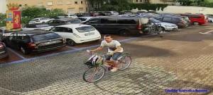 Guarda la versione ingrandita di Ladri di biciclette ripresi dalle telecamere: li riconoscete? FOTO