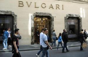Napoli, tentata rapina alla gioielleria Bulgari a Chiaia