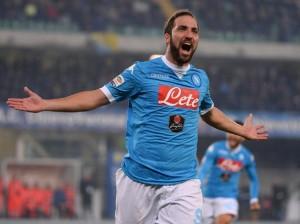 Guarda la versione ingrandita di Calciomercato Napoli, ultim'ora: addio Higuain, ecco il sostituto
