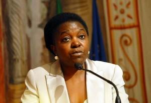 """Cecile Kyenge dopo Fermo: """"Ho la scorta? Ricevo minacce di morte"""""""