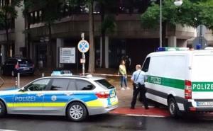Germania, donna armata a Colonia: allarme al centro per l'impiego
