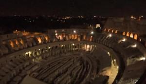 YOUTUBE Roma, entrano nel Colosseo di notte, indisturbati e filmano tutto