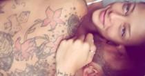Fabrizio Corona a letto con Silvia Provvedi: il selfie