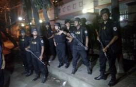 Dacca, attentato Isis in un locale: decine di ostaggi. Tra loro 7 italiani FOTO