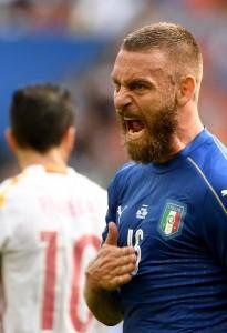 Italia-Germania, De Rossi si allena in gruppo: speranze