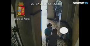 VIDEO Nicolas Lecumberri, dj picchiatore di Milano in azione