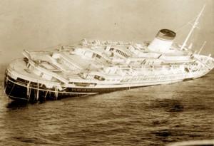 Guarda la versione ingrandita di Naufragio Andrea Doria, Pranzalito si spopola per l'omaggio al comandante
