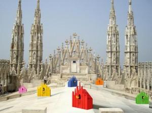 Guarda la versione ingrandita di Rimane chiuso nel Duomo di Milano, turista dorme su tetto (foto d'archivio Ansa)