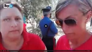 Guarda la versione ingrandita di Scontro treni in Puglia, mamma e figlia morte abbracciate? Bugia