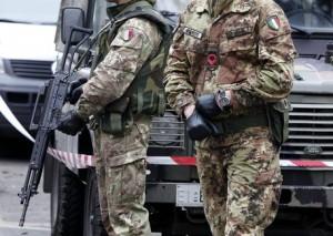 Esercito, fino a 10mila euro per passare il concorso: arresti