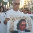 Federica De Luca e figlio uccisi dal marito: a Taranto sfilano genitori