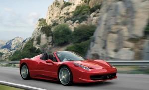 Treviso, raduno di Ferrari: in tangenziale a 200 km/h