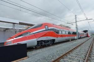 Pescara: uomo investito da treno. Linea ferroviaria adriatica in tilt